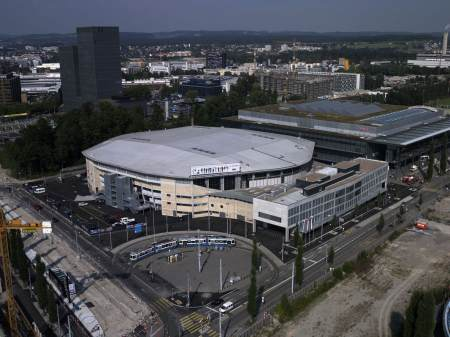 hallenstadion outside.jpg